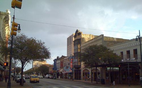 6th Street with weird lighting