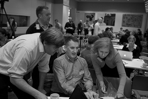 @freecloud @DT and @drmcewan looking intently at changing workplace material at #1pound40