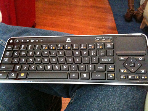 Logitech Revue Google TV keyboard