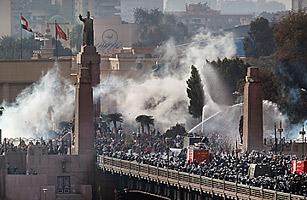 Egypt's crisis:  where social media threatens global outsourcing