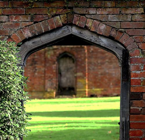 Walled garden by recursion_see_recursion, on Flickr