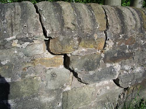 Apple's garden wall is cracking
